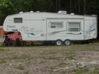 2004 Wildcat Fifth Wheel Bunk House...Smoke/Pet