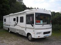 2004 Winnebago for sale by owner on RV Registry