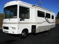 ASK FOR MIKE BROWN 2004 WINNEBAGO SIGHTSEER 30 FOOT (
