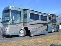 2004 Winnebago Vectra M-WRS-KD. Less than 22000 miles