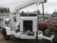 2004 Wood Chuck Hyroller 1200 Chipper (White) Make: