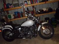 2004 YAMAHA 14,000 MILES, CUSTOM , LOTS OF EXTRA CHROME