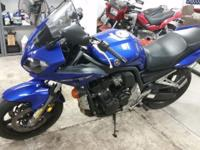 2004 Yamaha FZ1 for sale, asking 3900. or best offer. I