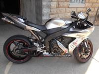 2004 Yamaha YZF-R1 AKAPOVIC EXHAUST Remember to Breathe