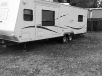 For sale here is a 2004 27 foot Trail Days camper made