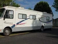 2004 Coachman Liberty Class A 34ft . We have a very