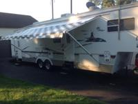 Well kept and preserved toy hauler. Sleeps 6 grownups,