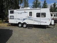 2004 Fleetwood Terry trailer with bunkbeds ... 22ft