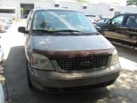 2004 FORD Freestar ** SEL ** 23 MPG ** NO ACCIDENTS **