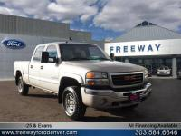 Silver Birch Metallic 2004 GMC Sierra 2500HD SLT 4WD