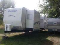 Description 2004 Sprinter by Keystone.Like new 32' w/ 2