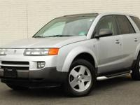 This 2004 Saturn VUE 4dr 4dr AWD Auto V6 SUV features a