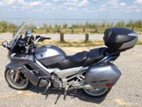 2004 Yamaha FRJ ABS 1300. Sport tourer, Bike is in