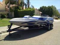 This 2005, 22' Ultra Custom is in perfect condition