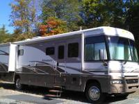 THIS 2005 WINNEBAGO ADEVENTURER IS IN VERY GOOD