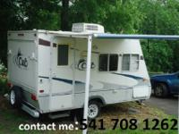 This camper is very good condition. sleeps 6, Little