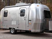 Year:	2005	Sleeping Capacity:	4 Make:	Airstream	Vehicle