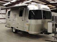 Beautiful 2005 19' Airstream International Bambi CCD
