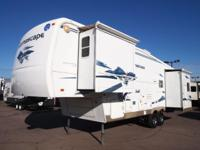 Take a look at this gently used 2005 Alumascape 31SKT