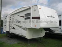USED 2005 Ameri-Camp 265DS. Attributes Include:.