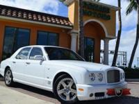 This is a Bentley, Arnage for sale by Domani Motor