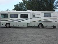2005 Fleetwood Bounder 38ft. Triple Slide-Out Diesel