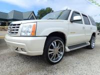 Options:  2005 Cadillac Escalade Base Awd 4Dr