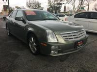 This SILVER GREEN STS IS SUPER CLEAN WITH A CLEAN