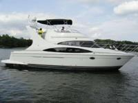 2005 Carver Yachts 420 Mariner Gotta Go Now!!! FAMILY