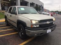 Safe and reliable, this Used 2005 Chevrolet Avalanche