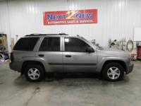 This 2005 Chevy Trailblazer is a great midsized SUV