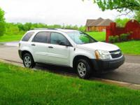 Very clean 2005 Chevrolet Equinox LS AWD in Summit