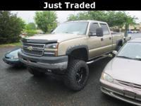 Silverado... 2500HD... Crew Cab... 4WD... 6.6 V8