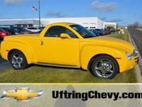 Exterior Color: yellow, Body: Pickup, Engine: V8 6.00L,