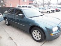 2005 Chrysler 300138K milescolor is pale green3.5 L