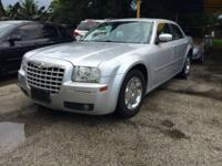 2005 Chrysler 300 Limited - Silver on Beige Leather