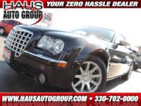 2005 Chrysler 300 Sedan C Our Location is: Haus Auto