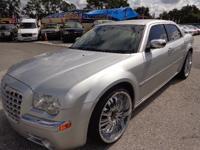 Exterior Color: silver, Body: Sedan, Engine: 5.7L V8