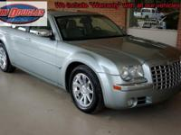 2005 Chrysler 300C Pre-Owned. This is an incredible