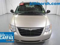 Town & Country LX, Silver, 7 PASSENGER THIRD ROW
