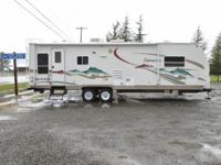 2005 Coachmen Chaparral travel trailer with