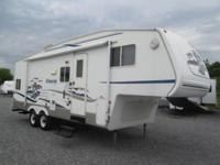 2005 Cougar by Keystone design 254EFS. This camper is