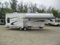 Stock # 6015  Up for Auction: 2005 Crossroads RV