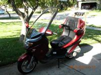 2005 Diamo Velux Scooter 150 cc Only 700 miles on