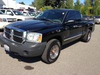 Very Clean 4x4 Extended Cab dakota.. New Tires and
