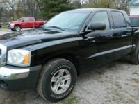 2005 Dodge Dakota SLT 4dr Quad Cab 4WD SBMileage: