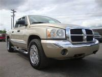 This 2005 Dodge Dakota Laramie 4x4 Truck features a