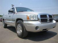 SLT!! power windows, power door locks, 4X4, extended