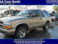 Options:  2005 Dodge Durango Sxt|/|V6 3.7L Automatic|0