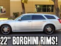 "2005 Dodge Magnum 4dr Wgn R/T RWD !! 22"" Borghini Rims!"